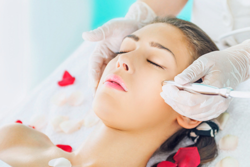 Microdermabrasion_treatment_face